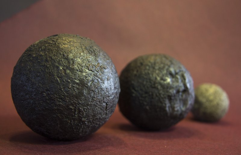 Cannon balls discovered in archaeological excavations in the museum area. Photo: Aboa Vetus & Ars Nova, Kim Krappala