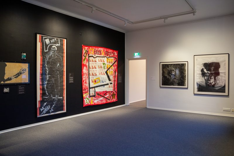 Leningrad in 1980 was home to a budding underground community of artists in search of new frontiers. A collective was formed and named the New Artists. The exhibition Ideas into Sight shows some works from members of the group.